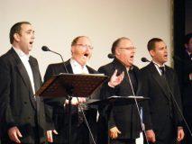 Cantors Shimon Cohen,  Yaakov, Colin Shachat,  Azi Schwartz